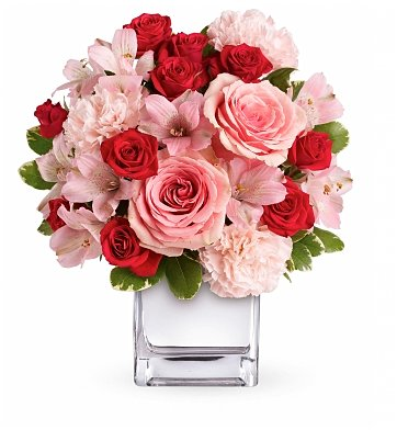 Roses: Sweetly Yours Bouquet