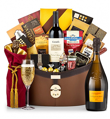 Premium Wine Baskets: Veuve Clicquot La Grande Dame 2004 Windsor Luxury Gift Basket