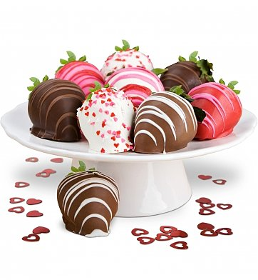 Chocolate & Sweet Baskets: Sweetheart Strawberries