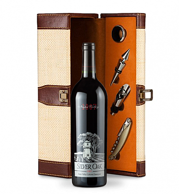 Wine Totes & Carriers: Silver Oak Wine Gift Set