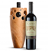Wine Accessories & Decanters: Caymus Special Selection Cabernet Sauvignon 2013 with Handmade Wooden Wine Vase