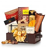 Gourmet Gift Baskets: Holiday Treasures Gourmet Gift Chest