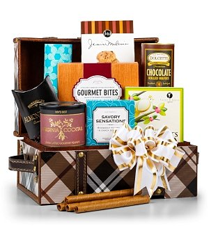 Gourmet Nuts & Confections Gift Chest