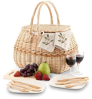Deluxe Eco-Friendly Picnic Basket for Two