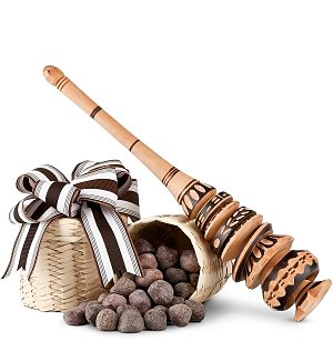 Mayan Cocoa Nibs & Hand-Carved Frother
