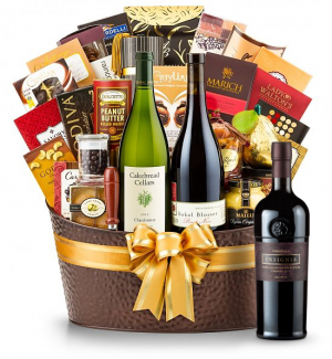 The Hamptons Luxury Wine Basket- Joseph Phelps Insignia Red 2010