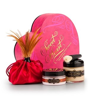 Kama Sutra Strawberry Sweet Heart Box