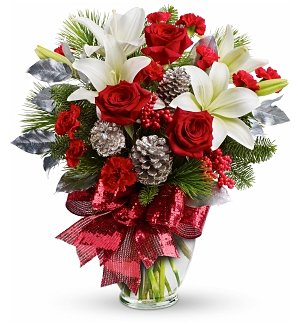 Glistening Holiday Rose Bouquet