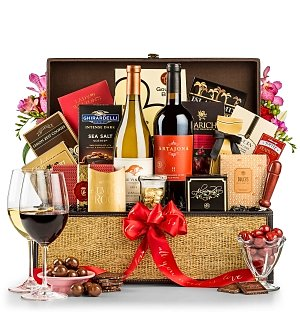 Wine Baskets: Rustic Charm Wine Gift
