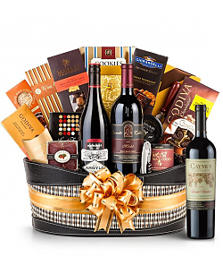 Caymus Special Selection Wine Basket - Martha's Vineyard