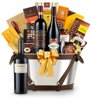 Lokoya Cabernet Sauvignon Wine Basket - Martha's Vineyard