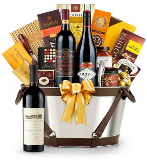 Robert Mondavi Reserve Cabernet Sauvignon 2009 - Martha's Vineyard Luxury Wine Basket