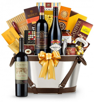 Caymus Special Selection Cabernet Sauvignon 2009 -Martha's Vineyard Luxury Wine Basket