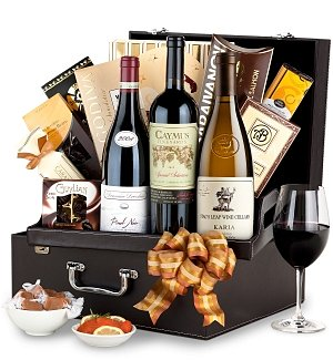 Luxury Wine Baskets: Wine Lover's Caymus Special Selection Gift Basket
