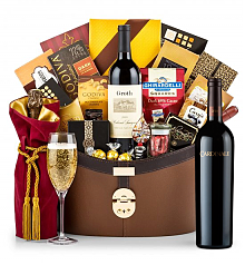 Champagne Baskets: Cardinale Cabernet Sauvignon 2010 Windsor Luxury Gift Basket